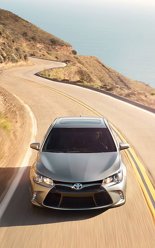 Honda Dealership Louisville Ky >> 2017 Honda Accord vs 2017 Toyota Camry | Dealership in Louisville, KY
